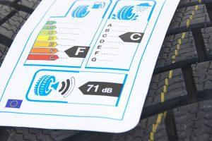 Nahaufnahme des EU-Reifenlabels